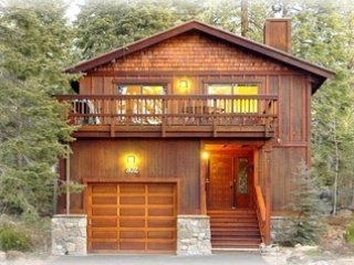 Agatam Lodge,1 blk to Beach,10 Min to Northstar - Agatam Lodge,10-20 Min N'star & Squaw,Walk to Dine - Tahoe Vista - rentals