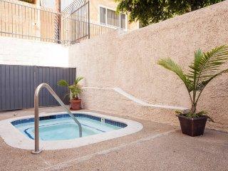 HOLLYWOOD VISTA  LOFT STYLE w/BALCONY - Los Angeles vacation rentals