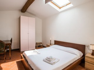 Scala 2 bedroom  3rd floor - Florence vacation rentals
