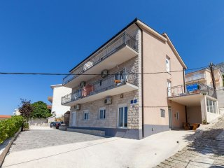 2 bedroom Apartment with Internet Access in Stanici - Stanici vacation rentals