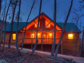 Perfect 2 bedroom Cabin in Helen - Helen vacation rentals