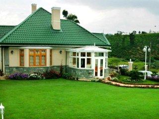 ROSELYNN MANOR Room A - Nuwara Eliya vacation rentals