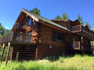BWCA 2100 sq ft 3+2 w/loft, 20 acres, 7 view decks - Ely vacation rentals