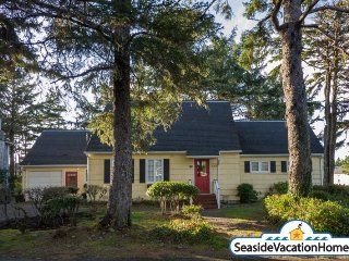 2132 S Columbia-Driftwood-Near Ocean-600 ft to Beach - Seaside vacation rentals