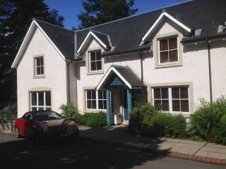 Holiday Lodge near Gleneagles with swimming pool - Aberuthven vacation rentals