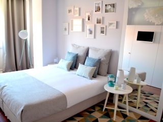 Romantic 1 bedroom Coimbra Private room with Internet Access - Coimbra vacation rentals
