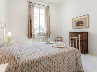 Sweet Home Porta Romana in a quiet area, garden - Florence vacation rentals
