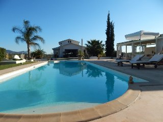 4 bedroom Villa with Private Outdoor Pool in Vravrona - Vravrona vacation rentals