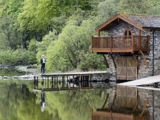 ULLSWATER BOATHOUSE DUKE OF PORTLAND, Pooley Bridge - Pooley Bridge vacation rentals
