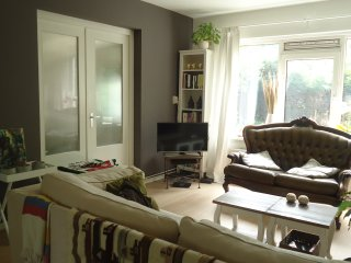 Cozy apartment with garden and free parking - Amsterdam vacation rentals