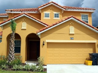 Brand new, 6 bedroom pool home in Aviana Resort Orlando minutes away from Disney! - Sleeps 18!! - Davenport vacation rentals