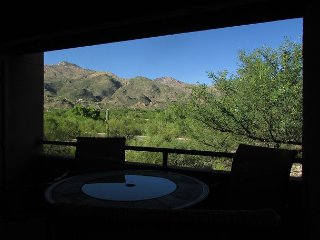 Amazing Mountain Views from this 2nd Floor Large 2 Bedroom in Ventana Canyon! - Tucson vacation rentals