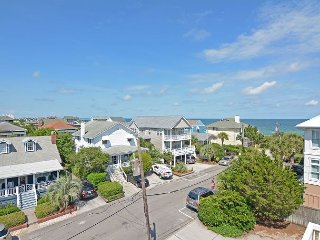 Girman-Beautifully furnished townhouse with nice ocean views, close to beach - Wrightsville Beach vacation rentals