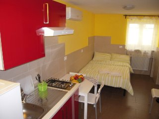 Borgo Tanzi holiday home (ground floor) - Parma vacation rentals