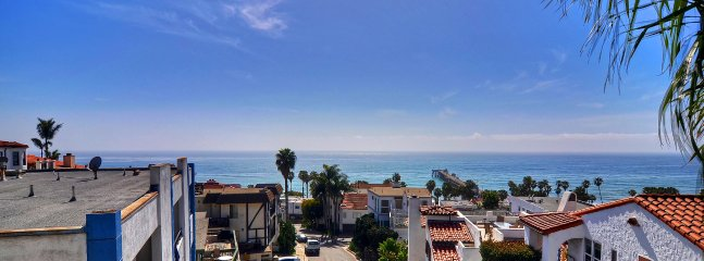 Incredible ocean and pier views from top deck - September Special! $199/night! 3 night min. Ocean view in pier bowl! - San Clemente - rentals