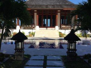 Exotic Beachfront Villa With Pool SUP, Fish, Kayak - Windemere Island vacation rentals
