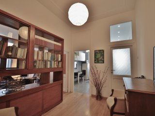 Sunny 2 bedroom Rome Condo with Internet Access - Rome vacation rentals