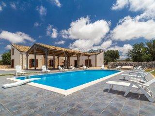 Calliope, country villa with private pool - Marina di Ragusa vacation rentals