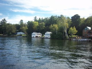WATERFRONT FAMILY COMPOUND SLEEPS 16 MILLION $VIEW - Sanbornton vacation rentals
