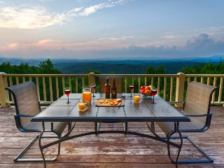 Perfect House with Deck and Internet Access - Blue Ridge vacation rentals