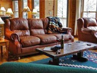 4 bedroom House with Deck in Blue Ridge - Blue Ridge vacation rentals