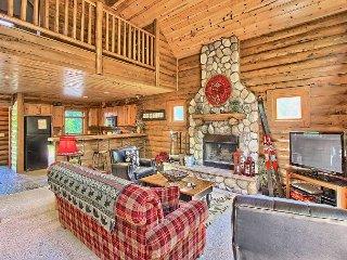 4BR Mountain Cabin - Skiers Paradise, Slope Side, Sleeps 13 - Boyne Falls vacation rentals