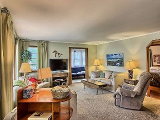 Downtown Charlevoix Home - Charlevoix vacation rentals