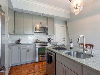 Fabulous apartment walk to Brown - Providence vacation rentals