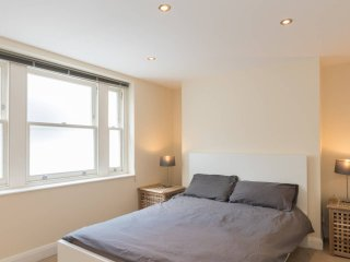 Cozy 1 bed garden flat - London vacation rentals