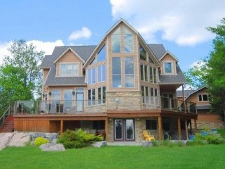 6 bedroom Cottage with Internet Access in Toronto - Toronto vacation rentals