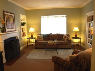 Elm Street Executive Short Term Rental - Batesville vacation rentals