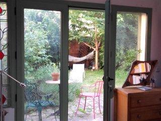 chambre douillette et café jardin - Le Pre-Saint-Gervais vacation rentals