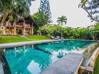 Villa Puri Burung, Canggu, Bali. 1 km d'Echo beach - Canggu vacation rentals