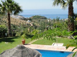 Finca Montañas y Mar / Casa de la Luna - La Herradura vacation rentals