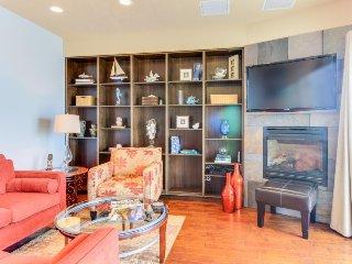 Modern, dog-friendly home w/ ocean views & nearby beach access! - Newport vacation rentals