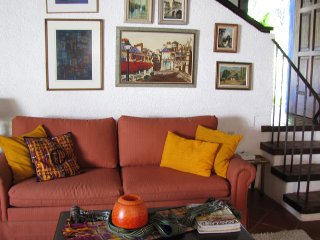 Nice House with Internet Access and Satellite Or Cable TV - Antigua Guatemala vacation rentals