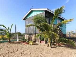Waterfront cabana w/ hammock & bikes, near lagoon & beach! - Placencia vacation rentals