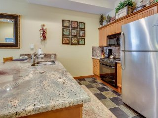Remodeled ski-in/ski-out condo with a shared pool, hot tub & fitness center! - Solitude vacation rentals