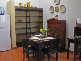 Cozy House with Internet Access and Linens Provided - Antigua Guatemala vacation rentals