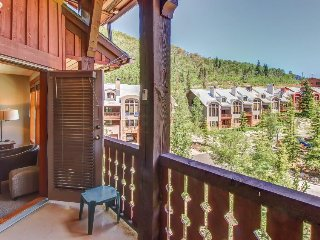 Modern ski-in/ski-out condo w/ shared pools, hot tubs, sauna, and more! - Solitude vacation rentals