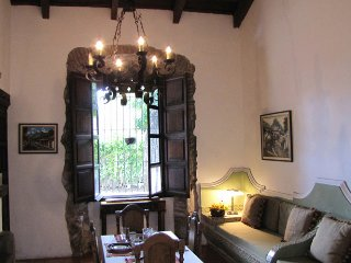 Cozy House with Internet Access and Satellite Or Cable TV - Antigua Guatemala vacation rentals