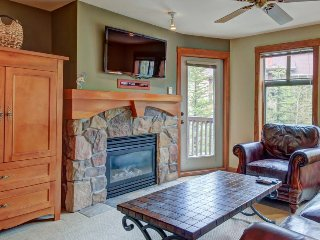 Wonderful ski-in/ski-out condo with access to Club Solitude's pool & hot tub! - Solitude vacation rentals