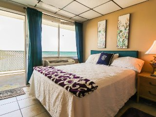 Classic efficiency on the waterfront w/ stunning beach views and a shared pool! - Panama City Beach vacation rentals