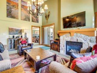 Incredible views, ski-on/off access, Club Solitude access, shared hot tub & pool - Solitude vacation rentals
