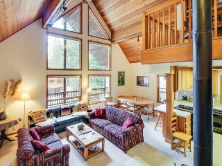 Family mountain view lodge, close to Nordic trails, tubing & downhill slopes! - Soda Springs vacation rentals