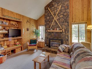 Rustic & dog-friendly Sunriver home w/ private hot tub! - Sunriver vacation rentals