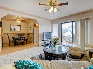 Cozy condo in the heart of Pismo w/ entertainment, walk to beach/town! - Pismo Beach vacation rentals