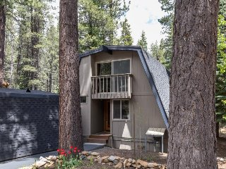 Private hot tub, shared pool, beach club on Donner Lake - Truckee vacation rentals