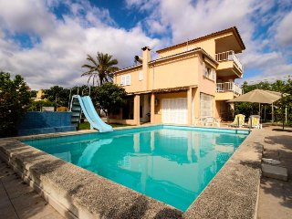 Cozy home w/ private pool, sunny courtyard, great location! - Palmanyola vacation rentals