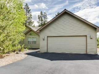Bright, elegant house w/ private hot tub! - Sunriver vacation rentals